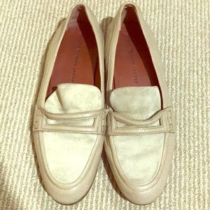 Marc by Marc Jacobs cream colored loafers sz: 39.5